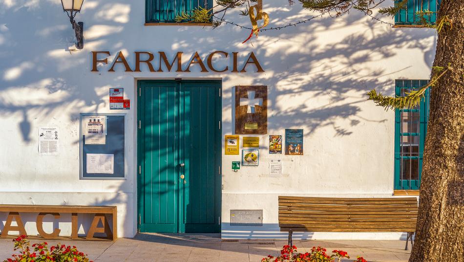 La crisis de la farmacia rural: marco legal obsoleto y precariedad laboral